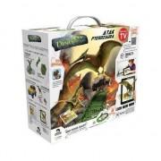 Pista interactiva Made Dino Mundi, pentru baieti 80 elemente,include un Pteranodon Dinozaur cu sunete si o masina de teren