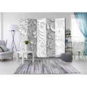 Spanische Wand im Stuck Design Blüten