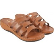 Mochi Men 23,Tan Wedges