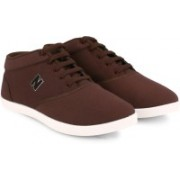 Newport Rapid Casuals For Men(Brown)
