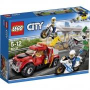 LEGO City 60137 Nevolja s vučnim vozilom