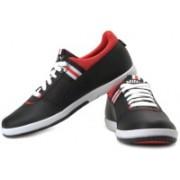 Puma Mini Lo Bonnet Sneakers For Men(White, Red, Black)