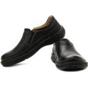 Clarks Nature Easy Slip On Shoes For Men(Black)