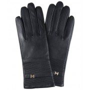 Glove PK
