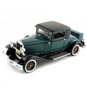 1930 Hudson Diecast Model Car 1/32 Green by Signature Models