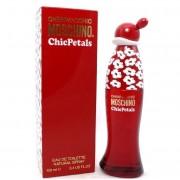 Moschino Chic Petals Eau De Toilette Spray 50 Ml