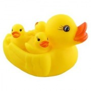 Duck Family Baby Bathing Toys 4 Set Yellow Rubber Squeaky Lovely Ducklings.