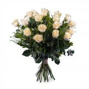 18 Rosas Blancas de Tallo Largo - Flores a Domicilio