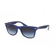 Ray-Ban Ochelari de soare unisex Wayfarer Liteforce Ray-Ban RB4195 60158G