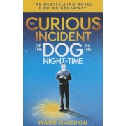 The Curious Incident of the Dog in the Night-Time: (Broadway Tie-In Edition), Paperback
