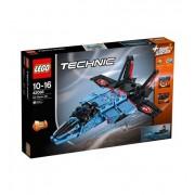 LEGO Technic Реактивен самолет за състезания 42066