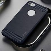 Hoesje geschikt voor Apple iPhone 7 en iPhone 8, gel case carbon look, navy blauw
