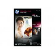 HP Papel fotográfico semibrillante HP Premium Plus 300gramos/m² - 20 hojas/A4/210 x 297 mm (CR673A)