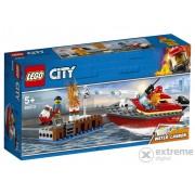 LEGO City - Incendiul de la doc-(60213)