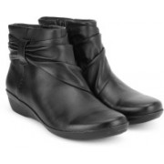 Clarks Everlay Mandy Black Leather Boots For Women(Black)