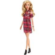 Papusa Barbie in rochie rosie Barbie Fashionistas