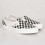 Vans Og Classic Slip-On Lx In White - Size 45