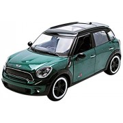 Richmond Toys Motormax Traditional Iconic Mini Cooper S Countryman 1:24 Die-Cast Collectors Model (Green)