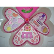 Fashion Girl Heart Shaped Makeup Cosmetic Play Set for Kids - Fashion Makeup Kit for Girls