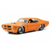 1969 Pontiac Gto Judge, Orange Jada Toys 90217 1/24 Scale Diecast Model Toy Car