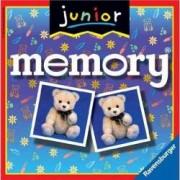 Jocul Memoriei - Junior. Obiectivul jocului este sa aduni cat mai multe perechi de carti.