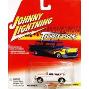 Johnny Lightning Thunder Wagons 1954 Corvette Nomad Wagon WHITE