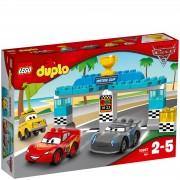 Lego DUPLO Cars 3: Carrera de la Copa Pistón (10857)