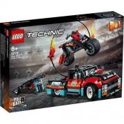 LEGO Stunt Show Truck & Bike