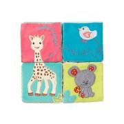 Cuburi educative de plus cu activitati pentru stimularea simturilor - Girafa Sophie Vulli