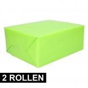 Shoppartners 2x rollen Kadopapier lime groen 200 x 70 cm op rol