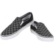 Vans Classic Slip-On Casual Shoes For Women(Black)