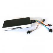 GPS tracker veicolare multifunzione, controllo posizione, storico percorsi