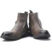 Clarks Gofor Action Boots For Men(Grey, Brown)