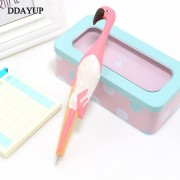 Creative Handmade Animal fashion Flamingo Carved Wood Pen Cute Ball Point Wooden Novelty Gift School Stationary