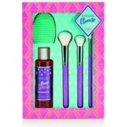 Sunkissed Cleanse Away Presentset 120ml Brush Cleansing Gel + 3 x Makeup Brushes + Brush Cleansing Pad