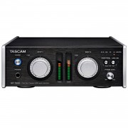 Tascam UH-7000 microfoon preamp en USB audio interface