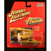 1962 CHEVY BEL AIR * CHEVY THUNDER * 2005 Johnny Lightning 1/64 Scale Die-Cast Vehicle & Collector T