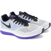 Nike ZOOM WINFLO 4 Running Shoes For Men(Black, Blue, White)