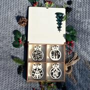Cutie de Crăciun 16 globuri fundiță