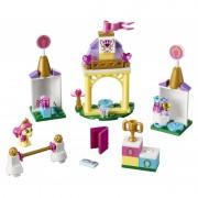 LEGO® Disney Princess™ Grajdul regal al lui Petite - L41144