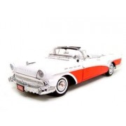 1957 BUICK ROADMASTER RED 1:18 DIECAST MODEL