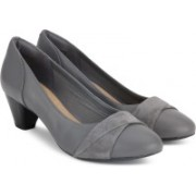 Clarks Denny Louise Grey Combi Slip On For Women(Grey)