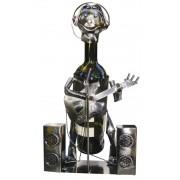 Kovový stojan na víno, motiv hudebník