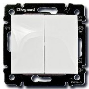 Выключатель двухклавишный Legrand Valena 10A белый