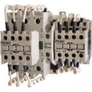 Kontaktor kondenzátortelepek kapcsolásához - 690V, 50Hz, 32A, 25kVAr, 230V AC, 3xNO+(1xNO+1xNC) TR1C3211A - Tracon