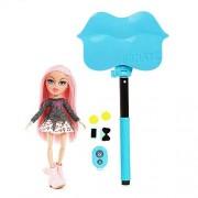 Bratz Selfie Stick With Doll Cloe