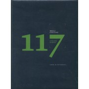 117 scriitori romani. Album de fotografie