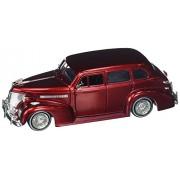 JADA 1:24 Street Low: Lowrider Series 1939 Chevrolet Master Delux Diecast Vehicle