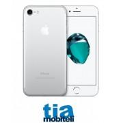 Apple Iphone 7 32GB silver - IZLOŽBENI - Kao nov - Odmah dostupan
