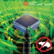 Dispozitiv solar cu vibratii sonore impotriva rozatoarelor